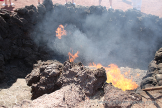Hay burning demonstration in Timanfaya National Park