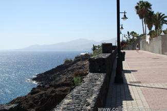 Walking from Puerto del Carmen to Puerto Calero  Calle Lanzarote